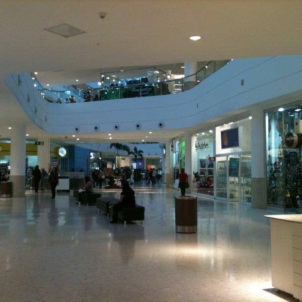 4/16/2013 tarihinde Barbara O.ziyaretçi tarafından Shopping Palladium'de çekilen fotoğraf
