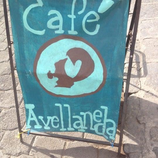 Foto scattata a Café Avellaneda da Breennda M. il 3/30/2013