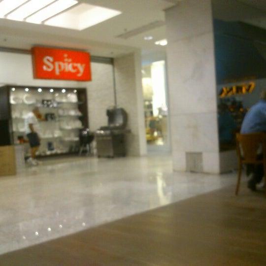12/16/2012 tarihinde Lucas G.ziyaretçi tarafından Shopping Tijuca'de çekilen fotoğraf