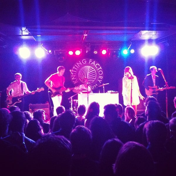 Foto tomada en Knitting Factory  por All Things Go el 10/10/2012