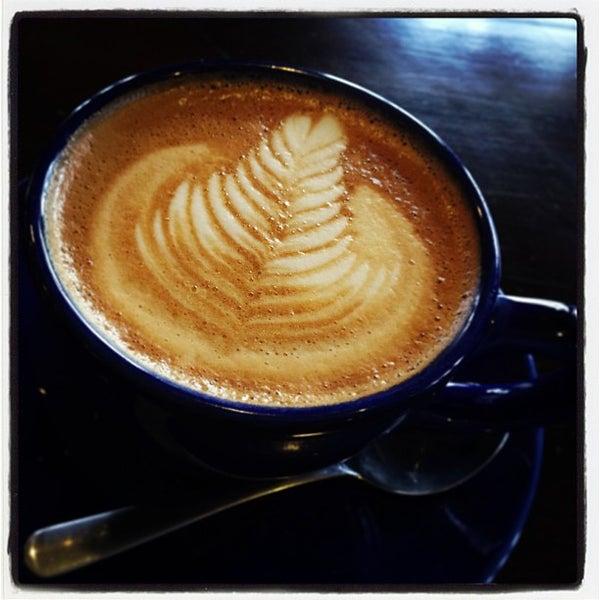 12/19/2012にFrogg CoffeeがFrogg Coffee Bar and Creperieで撮った写真