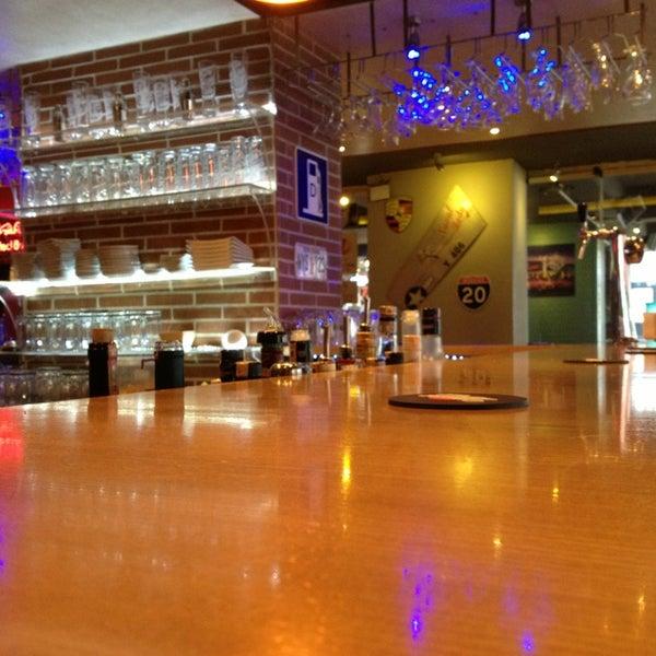 Foto diambil di Diesel Pub oleh M.Cumhur C. pada 12/19/2012