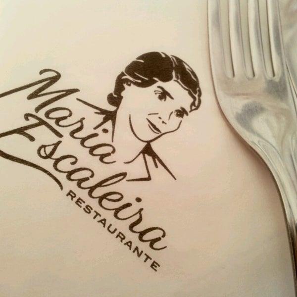 รูปภาพถ่ายที่ Maria Escaleira โดย Andréa F. เมื่อ 12/18/2013
