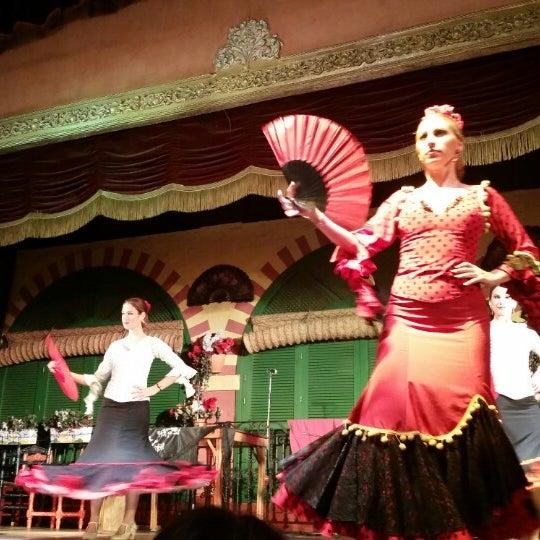 Foto tomada en Tablao Flamenco El Palacio Andaluz por MC Q. el 12/29/2014