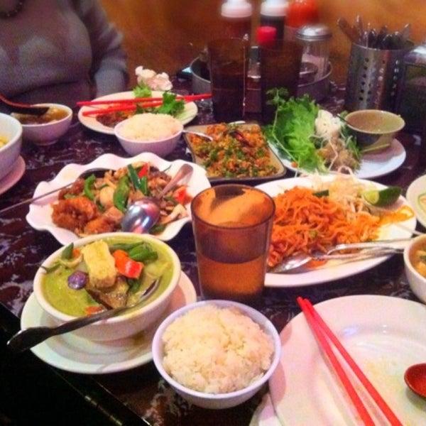 champa garden thai restaurant in oakland