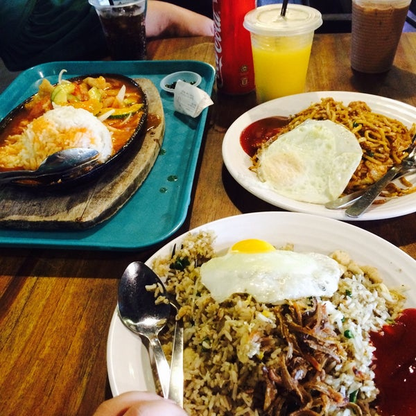 Photo Taken At Dapur Kita Food Mall By Emmy H On 7 31