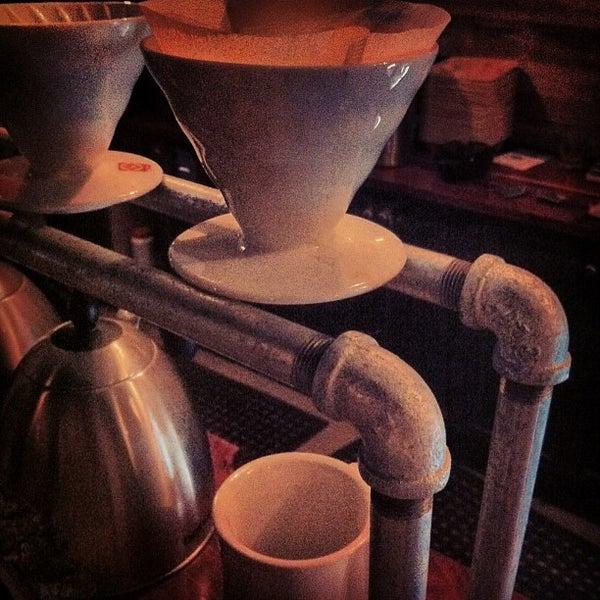 Das Foto wurde bei Buzzmill Coffee von Lorenzo G. am 2/15/2013 aufgenommen