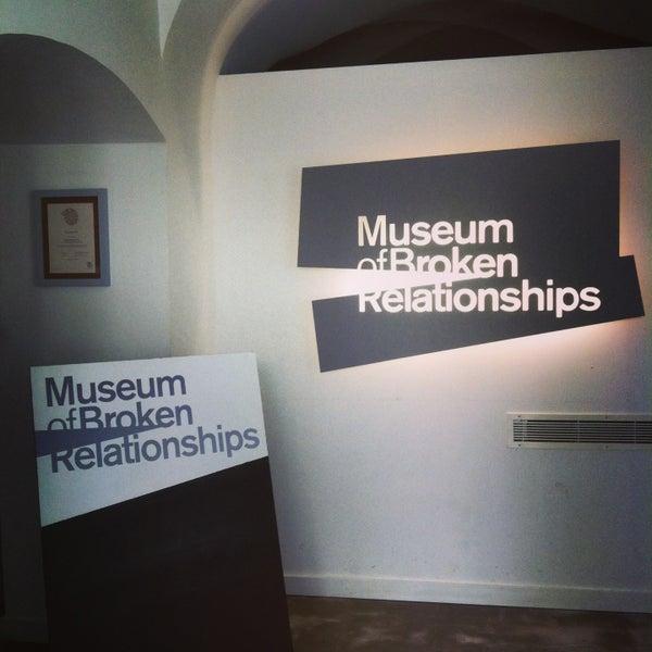 4/18/2013 tarihinde Bógar A.ziyaretçi tarafından Muzej prekinutih veza | Museum of Broken Relationships'de çekilen fotoğraf