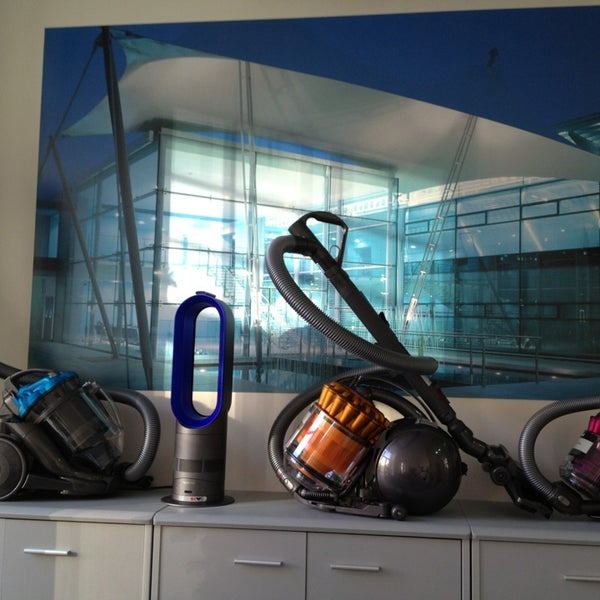 Dyson офис в москве адрес как почистить пылесос дайсон ручной