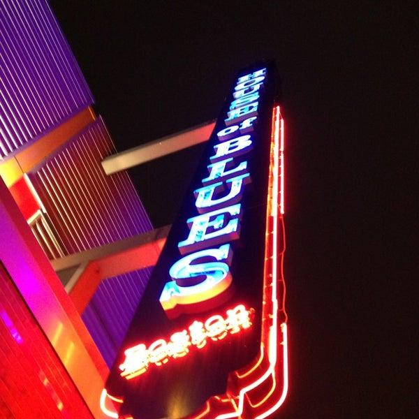 Foto diambil di House of Blues oleh Alex F. pada 1/31/2013