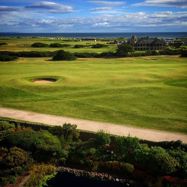 Foto tirada no(a) Old Course Hotel Golf Resort & Spa por Claire M. em 8/30/2014