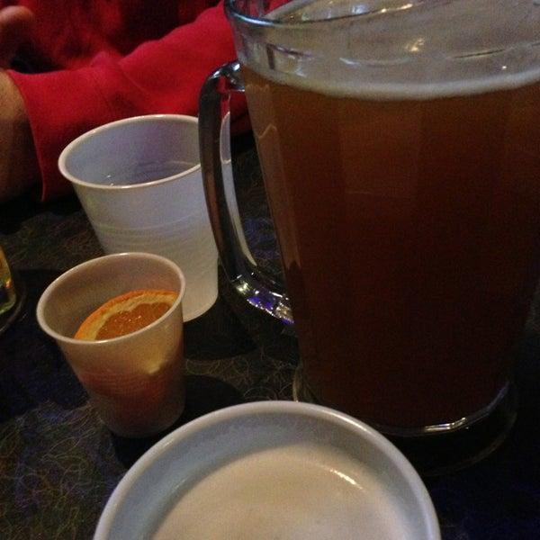 รูปภาพถ่ายที่ Park Tavern Bowling & Entertainment โดย Britton I. เมื่อ 3/2/2013