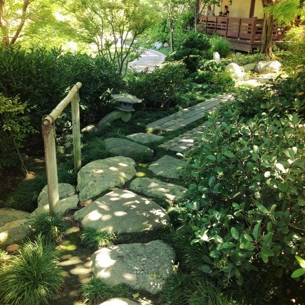 6/26/2013にMichael Z.がJapanese Friendship Gardenで撮った写真