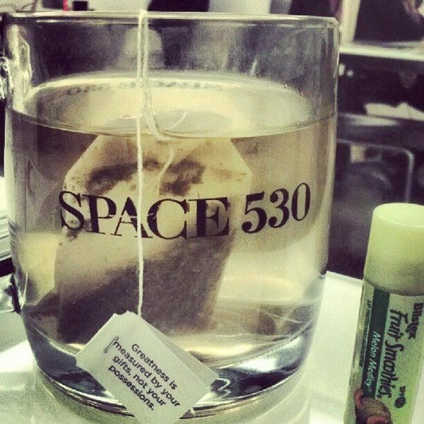Photo prise au Space 530 par Stephanie W. le10/8/2012