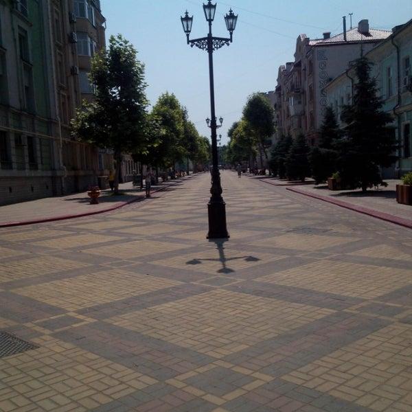 Снимок сделан в Площадь Ленина пользователем Maria C. 7/9/2013