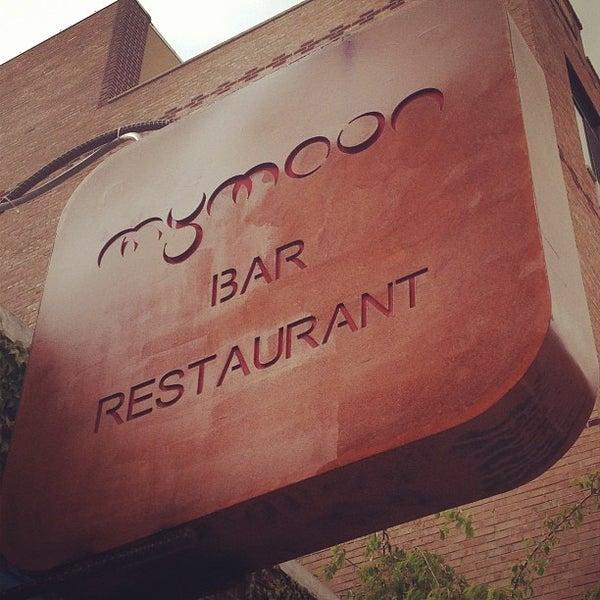 Снимок сделан в MyMoon Restaurant пользователем Zach Peak P. 5/7/2013