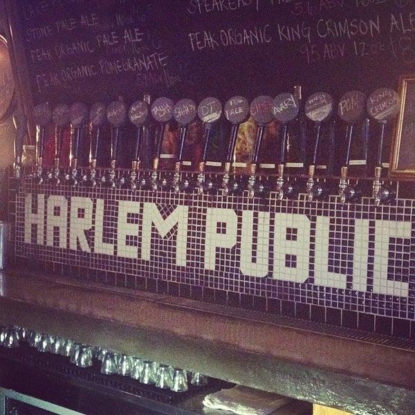 รูปภาพถ่ายที่ Harlem Public โดย Zach Peak P. เมื่อ 7/23/2013