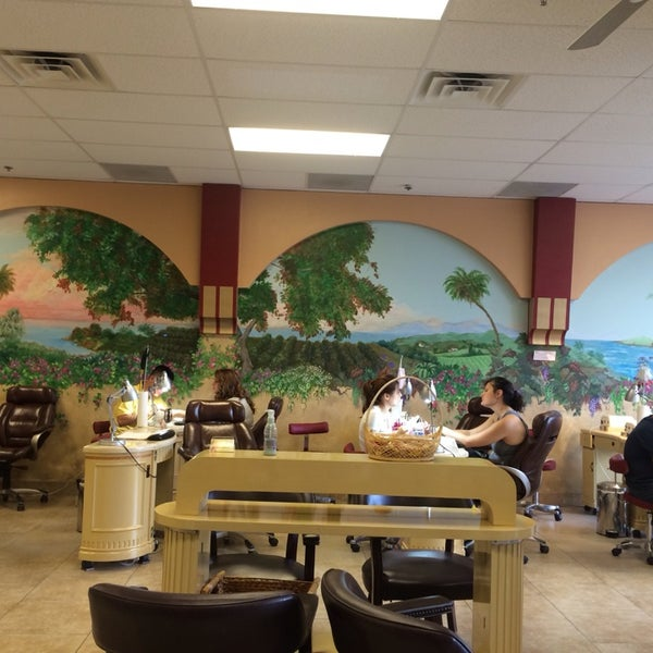 Signature Nails Salon and Spa - 4035 S Arizona Ave