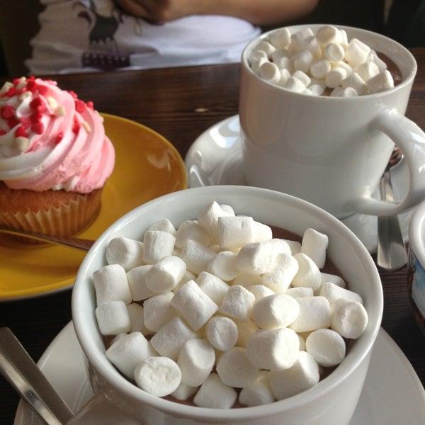 Photo prise au Cup&Cake / Кап&Кейк par Mariya L. le7/17/2013
