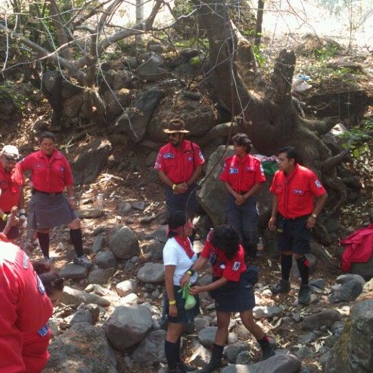 รูปภาพถ่ายที่ Campo Escuela Scout Meztitla โดย Dul S. เมื่อ 5/19/2013