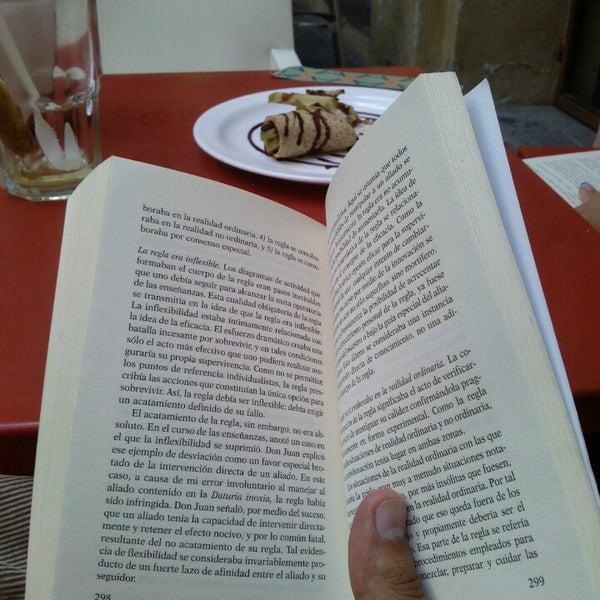 6/23/2013에 Erick D.님이 Profética - Casa de la Lectura에서 찍은 사진