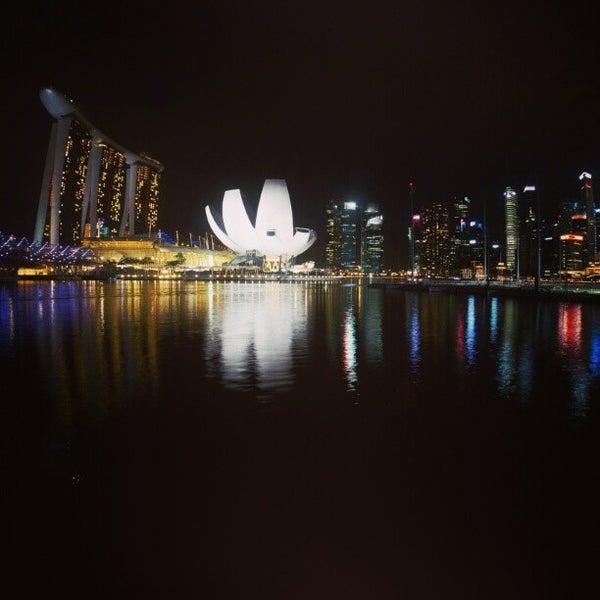 Foto diambil di Singapore River oleh sandwiz pada 2/24/2013