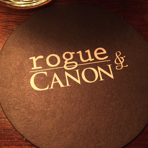 Foto tirada no(a) Rogue & Canon por Sage Y. em 7/18/2015