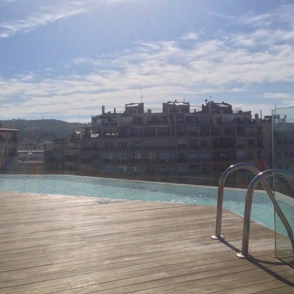 10/1/2013에 Miko S.님이 Piscina B-Hotel에서 찍은 사진