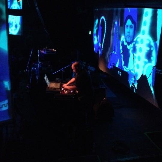 Das Foto wurde bei Cervantes' Masterpiece Ballroom & Cervantes' Other Side von Wilcox W. am 4/20/2012 aufgenommen