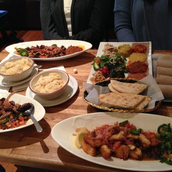 Снимок сделан в Desta Ethiopian Kitchen пользователем Sarah C. 3/31/2013
