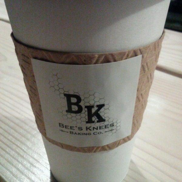 รูปภาพถ่ายที่ Bee's Knees Baking Co. โดย Justin เมื่อ 2/21/2013
