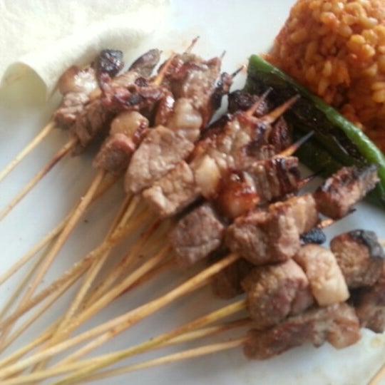 Foto diambil di Topçu Restaurant oleh Bahadır G. pada 12/27/2012