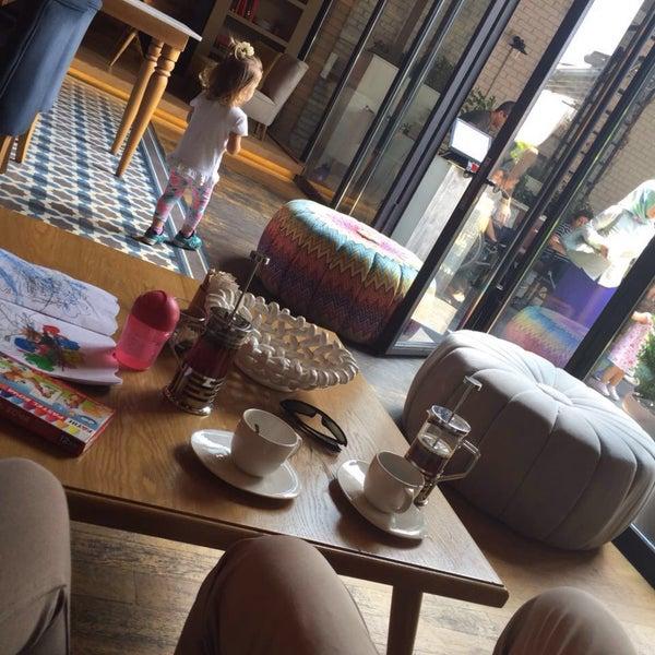 Foto tomada en Boon Cafe & Restaurant por Sinem H. el 7/10/2016