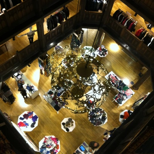 Photo prise au Liberty of London par Ross M. le11/12/2011