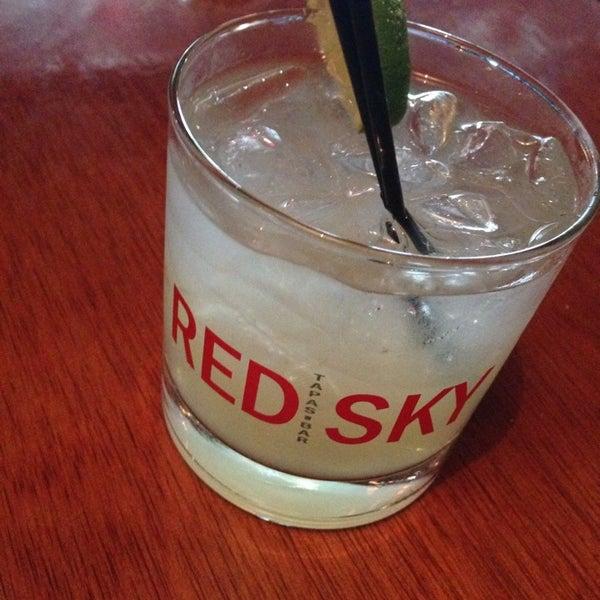 8/14/2014에 John K.님이 Red Sky Tapas & Bar에서 찍은 사진