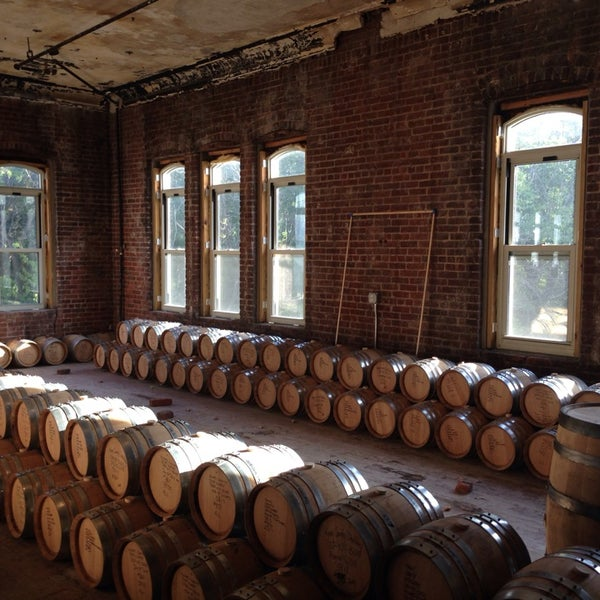 Foto scattata a Kings County Distillery da Irina il 9/21/2013