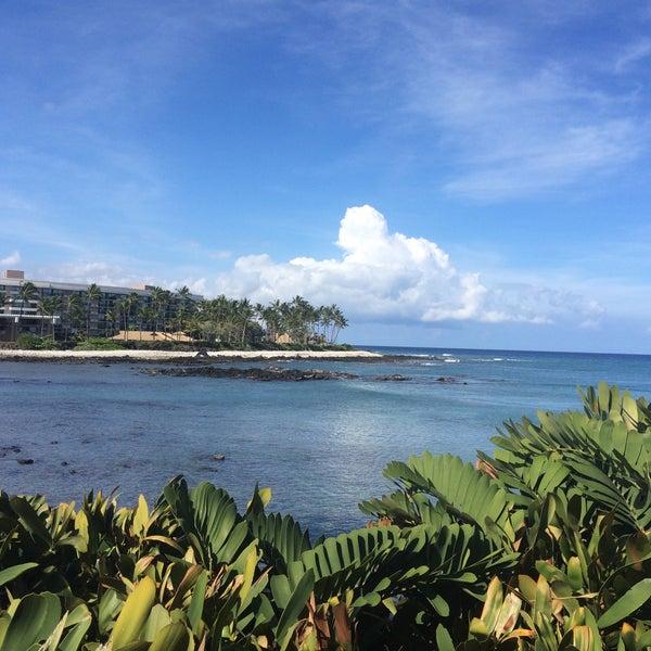 Foto tomada en Hilton Waikoloa Village por Gina H. el 4/21/2015