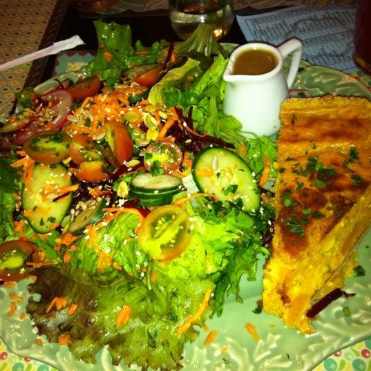 Foto diambil di Café Ambrosio oleh Debora Rosa N. pada 12/11/2012