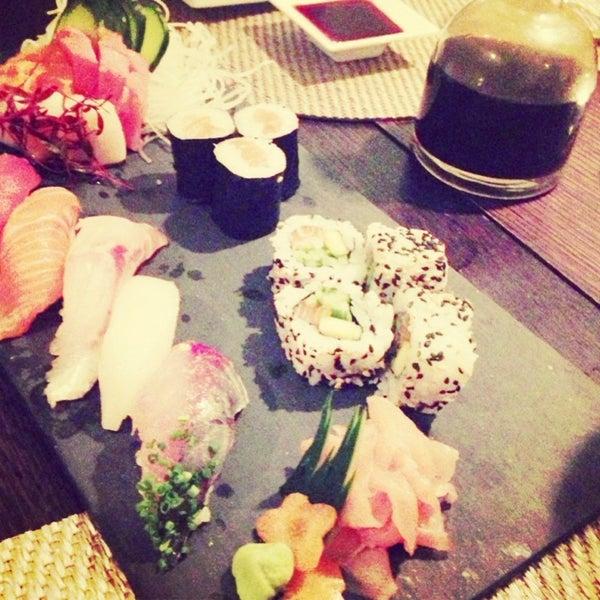 Foto tirada no(a) SushiCafé Avenida por Sandra C. em 3/1/2013