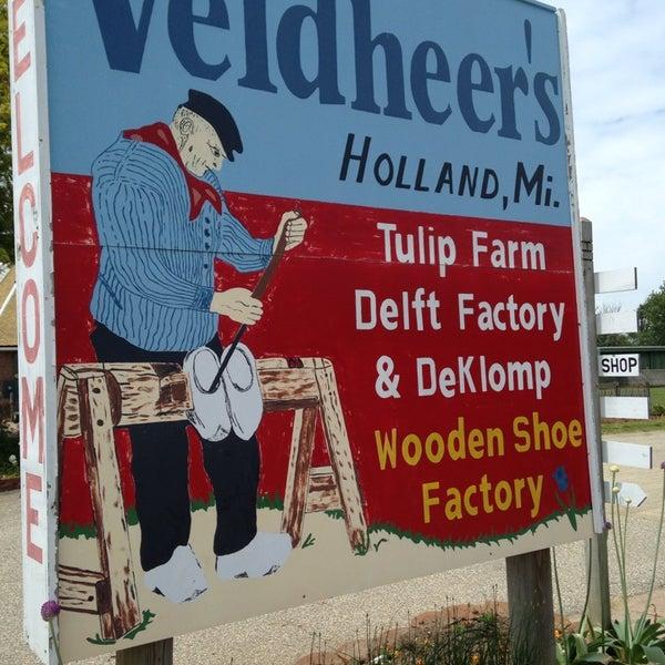 Photos At Veldheer Tulip Gardensdeklomp Wooden Shoe Factory 12755