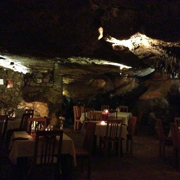 3/27/2013에 Ricardo K.님이 Alux Restaurant에서 찍은 사진