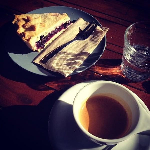 6/22/2013にokno V.がEveryday Coffeeで撮った写真
