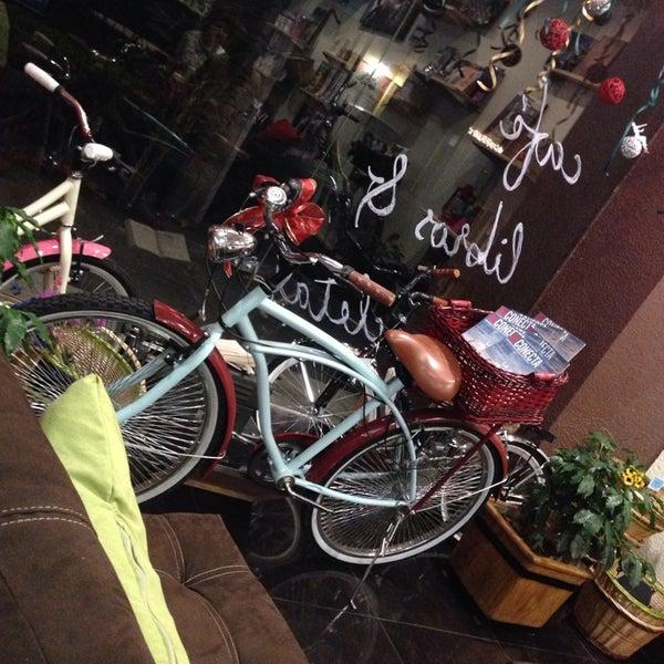12/19/2013にDani F.がMi Vida en Biciで撮った写真