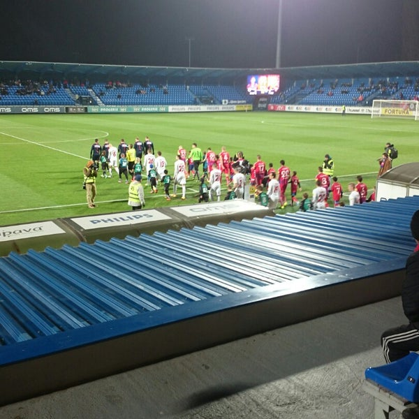 Photo prise au Štadión FK Senica par Dominika S. le11/28/2014