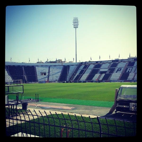 รูปภาพถ่ายที่ Toumba Stadium โดย panos เมื่อ 10/20/2012