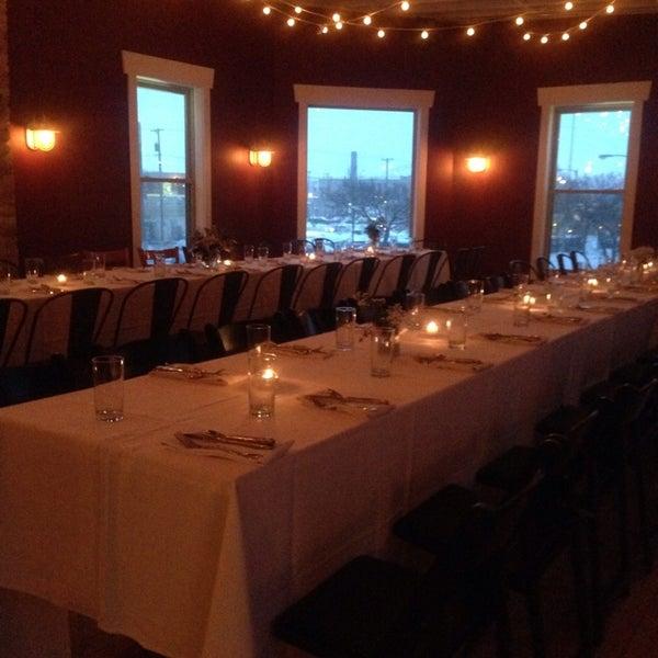 Снимок сделан в Braise Restaurant & Culinary School пользователем Ludd J. 3/2/2014