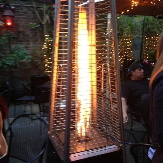 Foto scattata a Bourbon Heat da Brandon S. il 11/25/2012