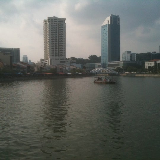 Foto diambil di Singapore River oleh Mitsuhiro A. pada 9/25/2011