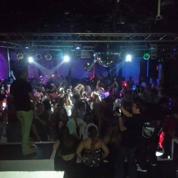Photo prise au Mekka Nightclub par Carlo P. le3/31/2013