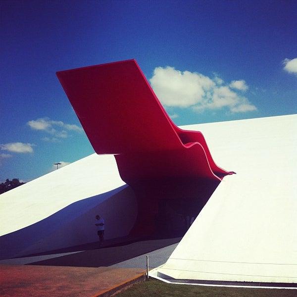 4/3/2013에 Pablo E.님이 Auditório Ibirapuera Oscar Niemeyer에서 찍은 사진